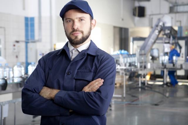 製造ラインと生産技術者