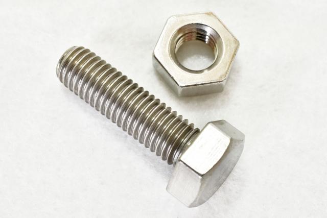 機械設計におけるボルトとナット