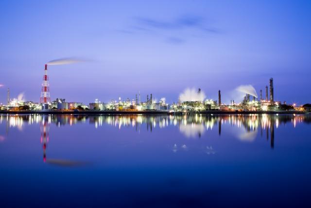 化学工場の静電気事故防止対策