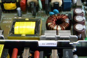 電子回路におけるコイル・インダクタの基礎知識を解説