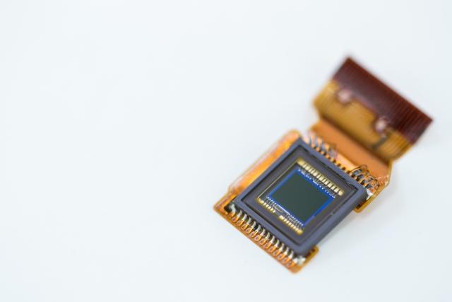 イメージセンサの解説(CMOSとCCD)