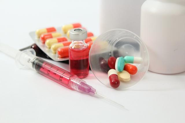 RWDを使った医薬品の安全性監視