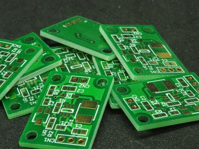 モノコック厚膜印刷回路