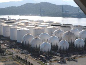 薄肉円筒と薄肉球の解説(ガスタンク)