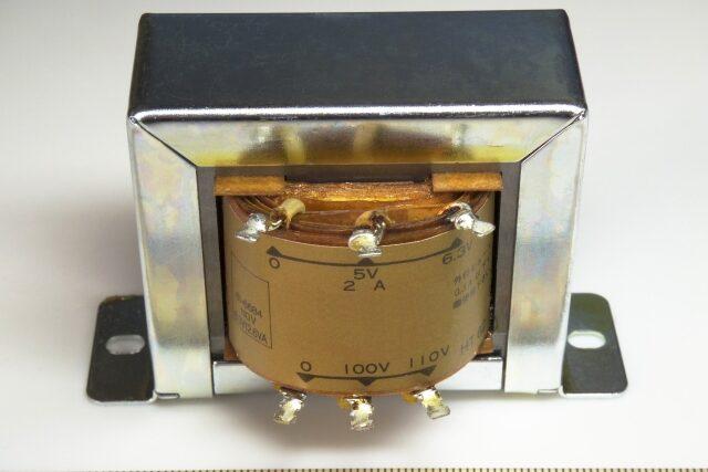 3分でわかる技術の超キホン 「トランス」(変圧器)とは?構造・原理・使い方を解説