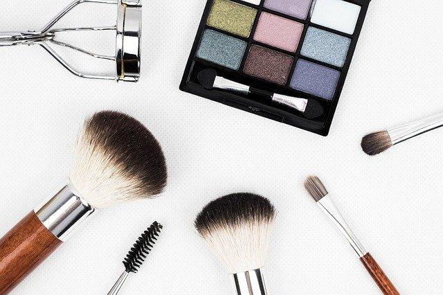 化粧品主要国成分規制