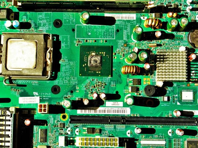 電子製品における洗浄の基本