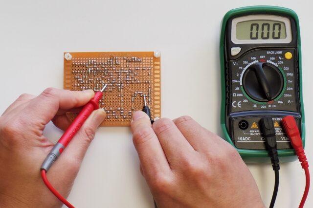 【早わかり電気回路】テスター(マルチメーター)の測定原理と使い方